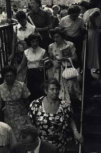 SubwayRiders1948