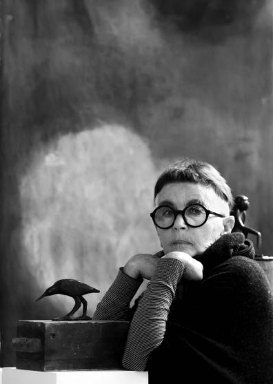 Lyn Edey - Sculptor