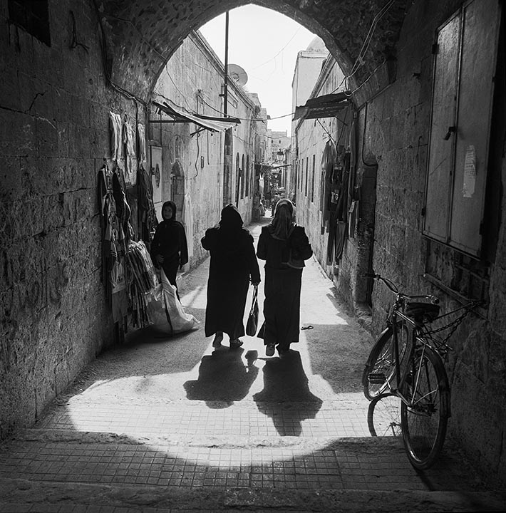 Syria in Black and White 2003